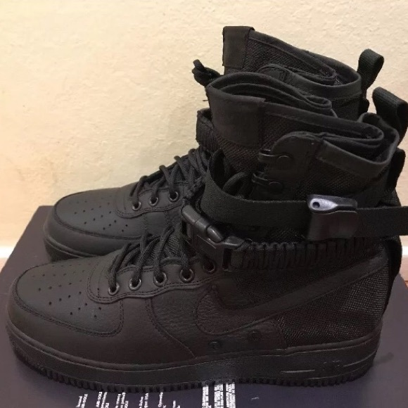 finest selection b0732 cfc72 Nike Men's SF AF1 Air Force 1 Triple Black Sz 8.5